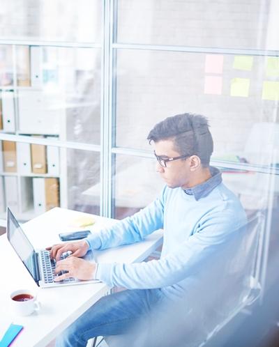Marka osobista pracownika – czyli jak Ci臋 pracodawcy widz膮, tak Ci臋 pisz膮